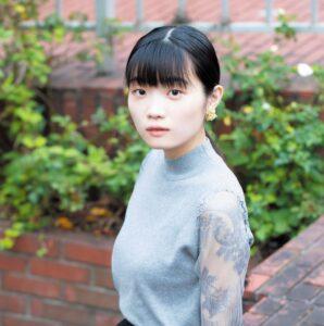 東野絢香さん